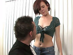 Brunette Natali Laroux sucking on her knees
