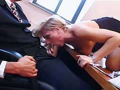 Office out of clothes dick suck from Simone